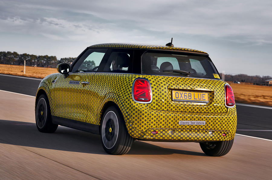 Mini Cooper SE prototype drive 2019 - hero rear