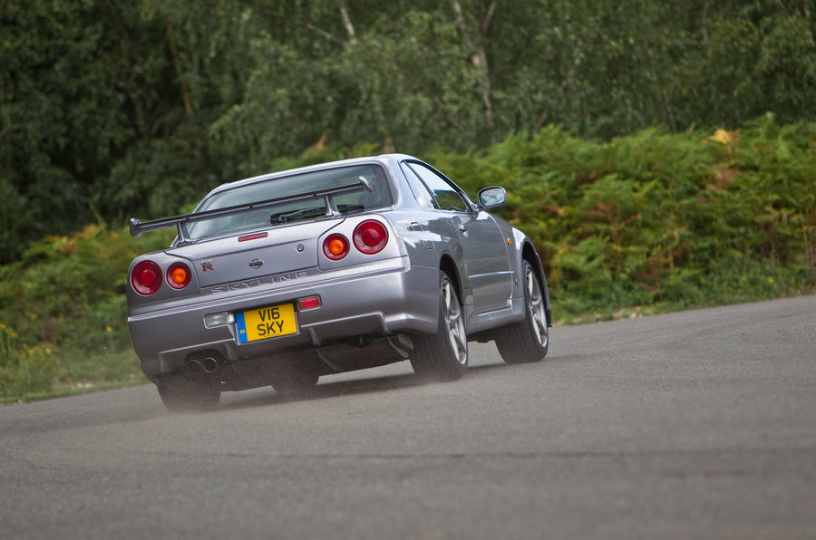 Nissan Skyline GT-R R34 used buying guide - rear