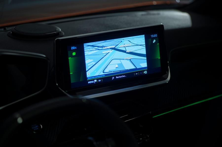 Peugeot e-2008 reveal studio - infotainment