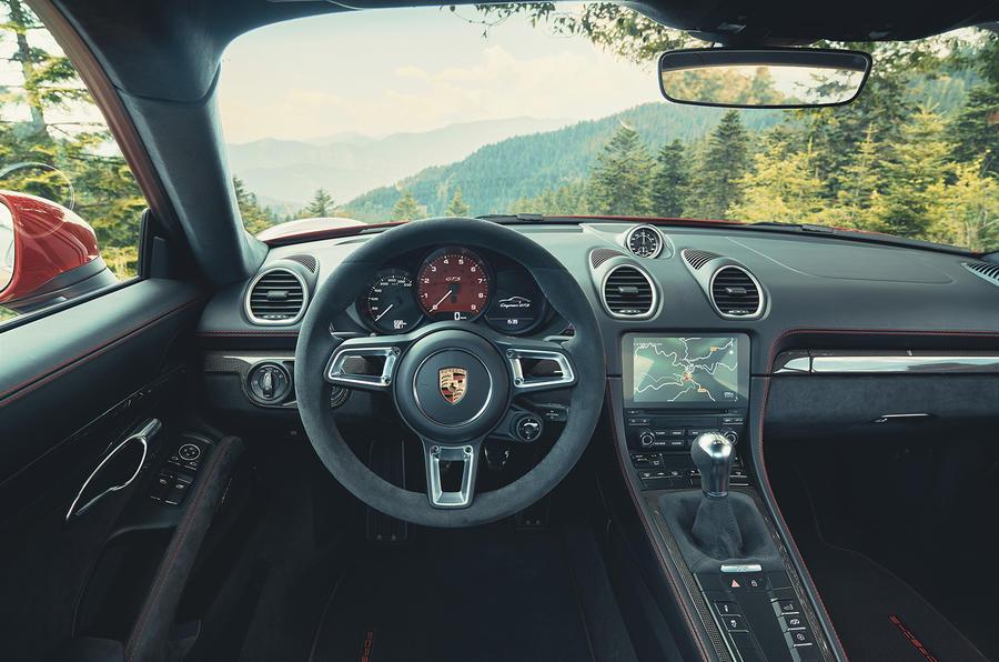 Porsche 718 Cayman GTS 2020 official press images - interior