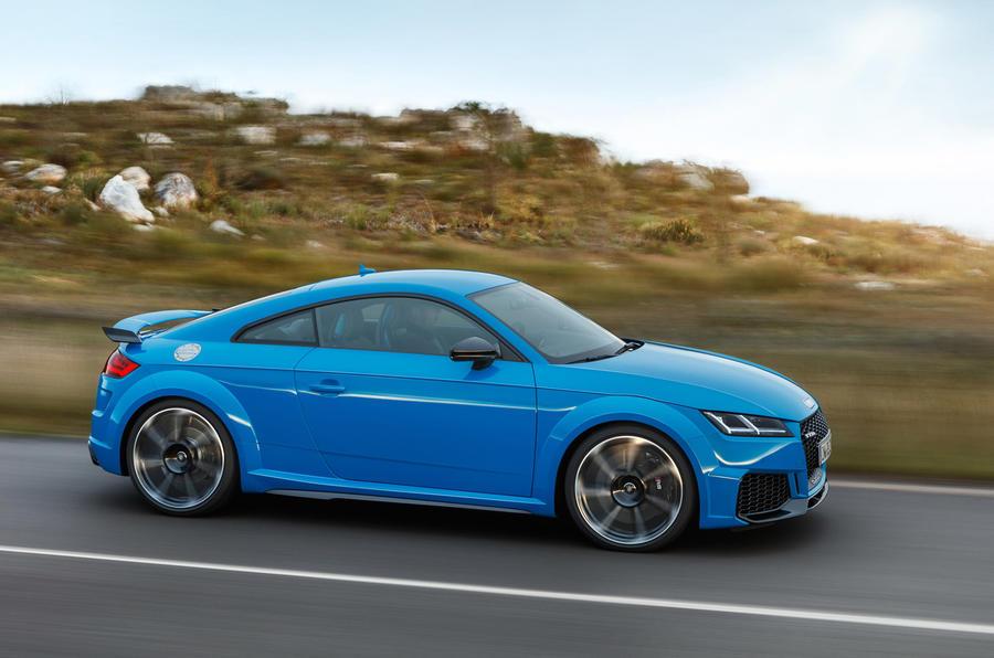 Audi TT RS 2019 facelift - official press images - hero side