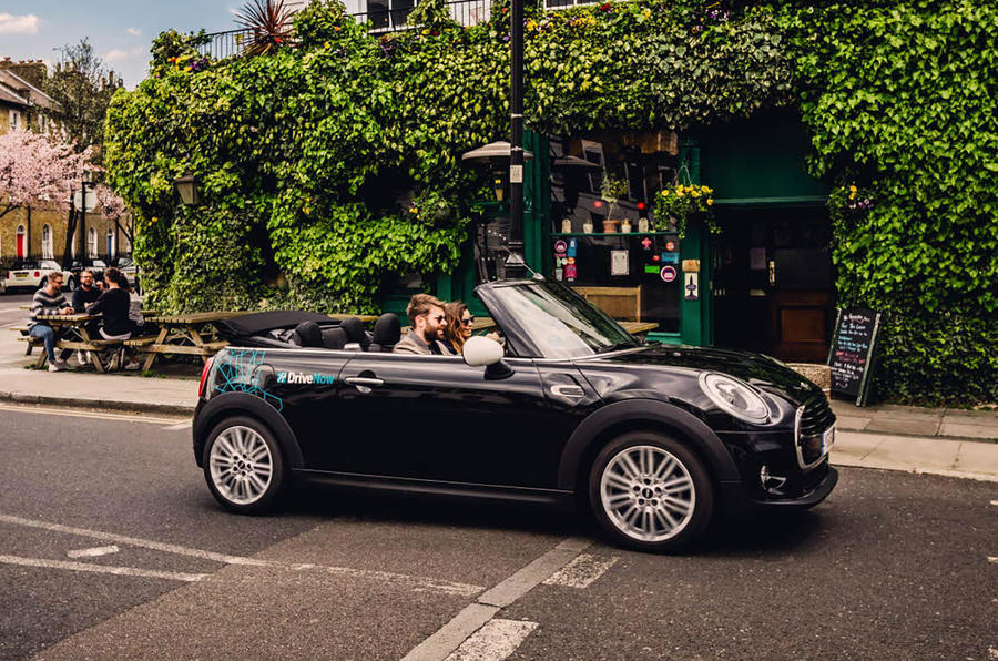 Car Sharing schemes - Drivenow mini