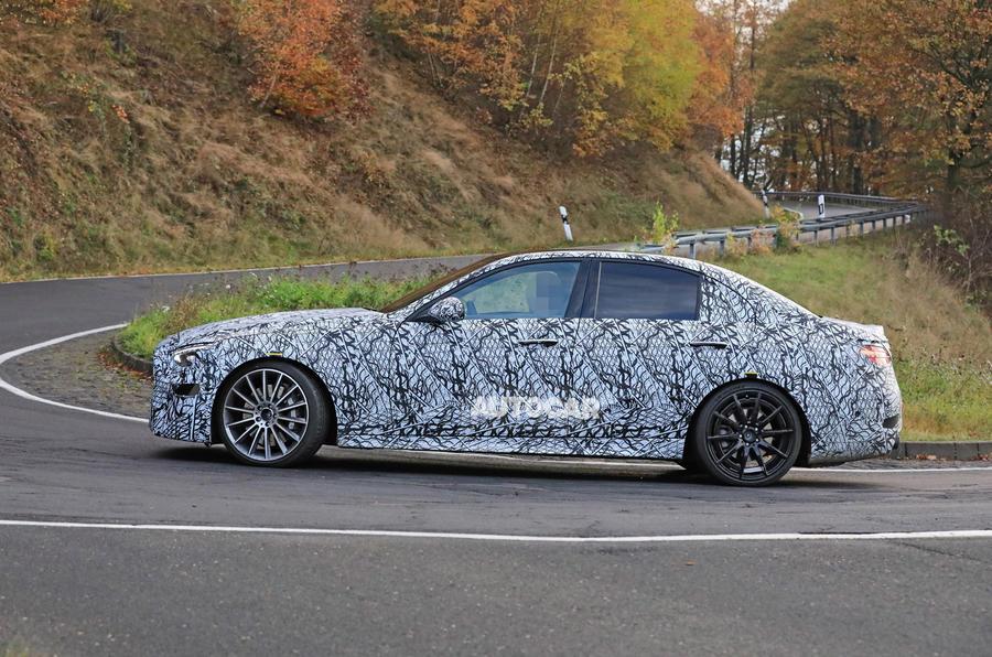 Mercedes-AMG C53 2021 spy images - tracking side