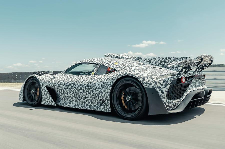 Hình ảnh theo dõi ngụy trang chính thức của Mercedes-AMG One - phía sau