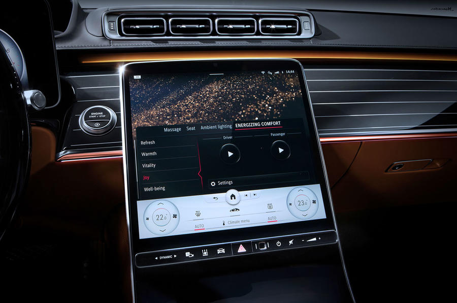 Mercedes-Benz S Class interior official images - infotainment