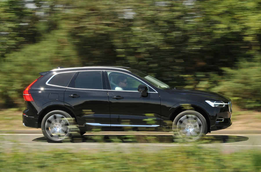 Volvo XC90 nearly new buying guide - side