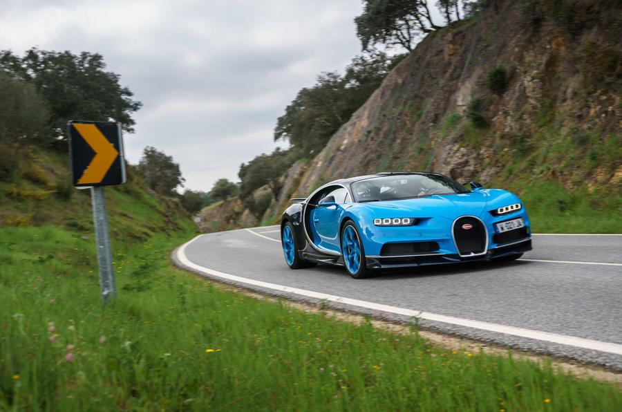 2018 Bugatti Chiron cornering - front