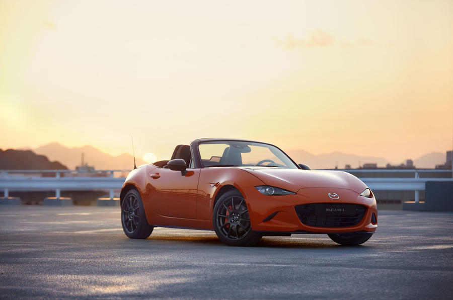 Mazda MX-5 30th Anniversary edition 2019 press photos - hero front