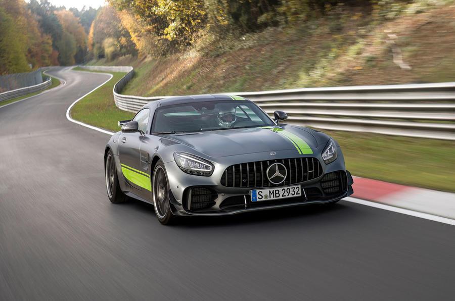 Mercedes-AMG GT R Pro 2018 LA motor show reveal - hero front