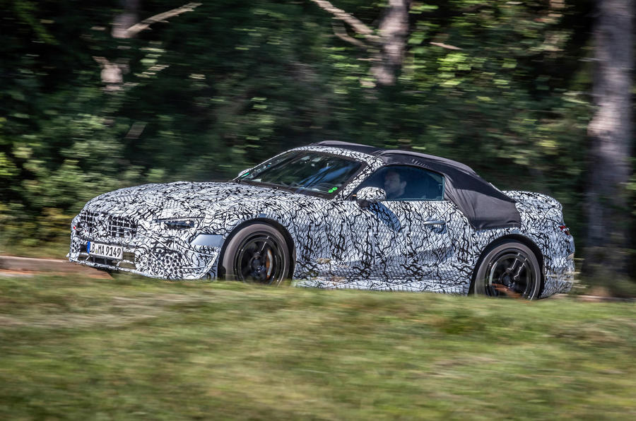 2021 Mercedes-Benz SL official disguised images - tracking front