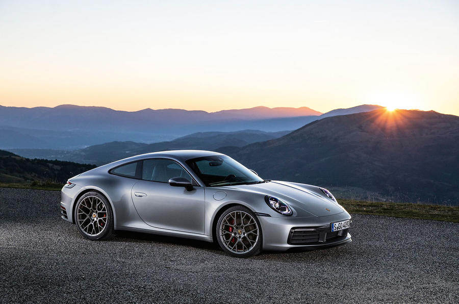 2019 Porsche 911 official reveal - press still front