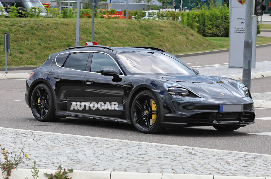 Porsche Taycan Cross turismo spy images - hero front
