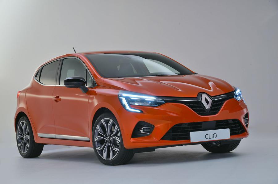 Renault Clio 2019 Autocar studio static - hero front