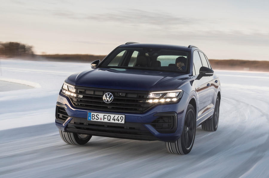Volkswagen Touareg R 2020 official reveal images - tracking front