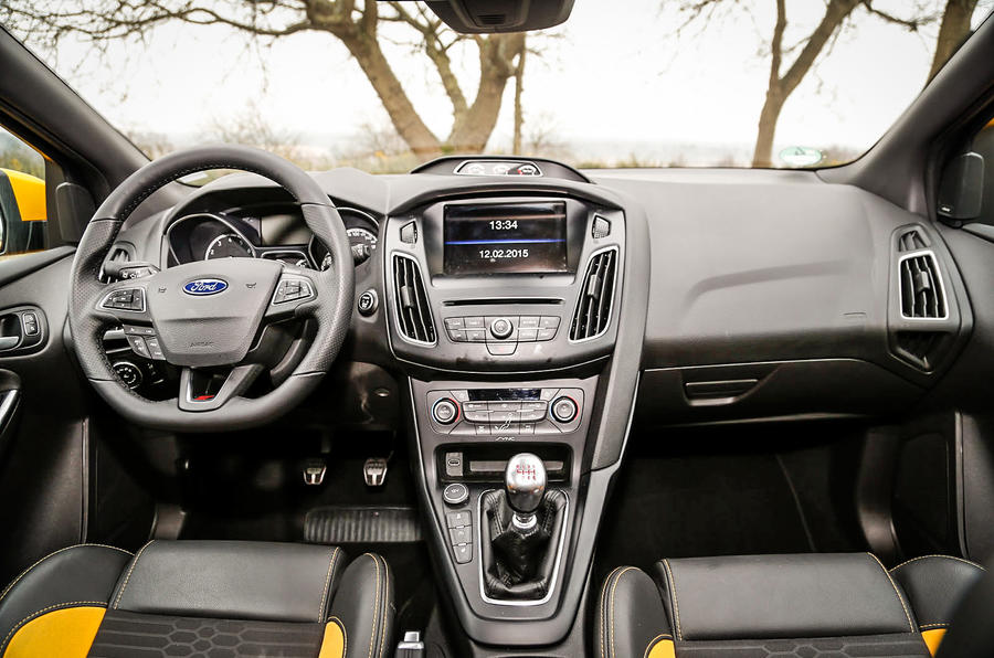 Ford Focus ST-3 dashboard