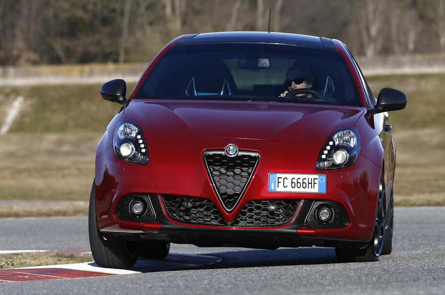 2016 alfa romeo giulietta 1 6 jtdm tct review review autocar. Black Bedroom Furniture Sets. Home Design Ideas