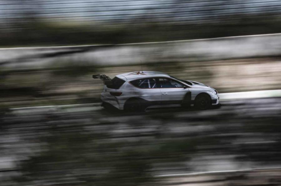 Cupra e-Racer ride