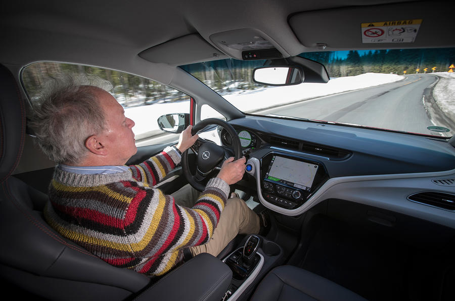 Driving the Opel Ampera-e