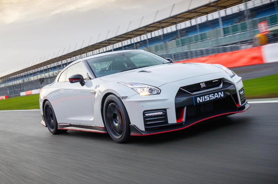 Captivating Nissan GT R Nismo ...
