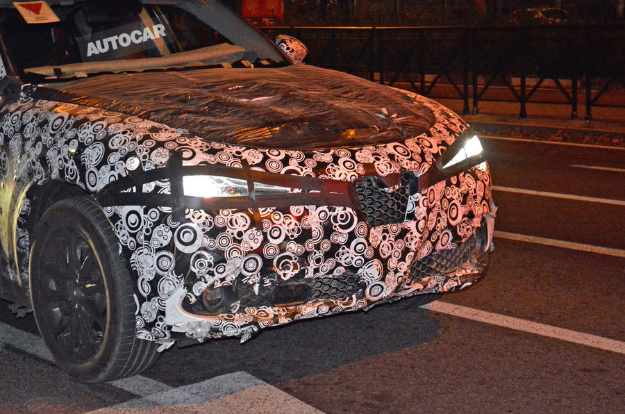 Alfa Romeo Stelvio spotted in light camouflage