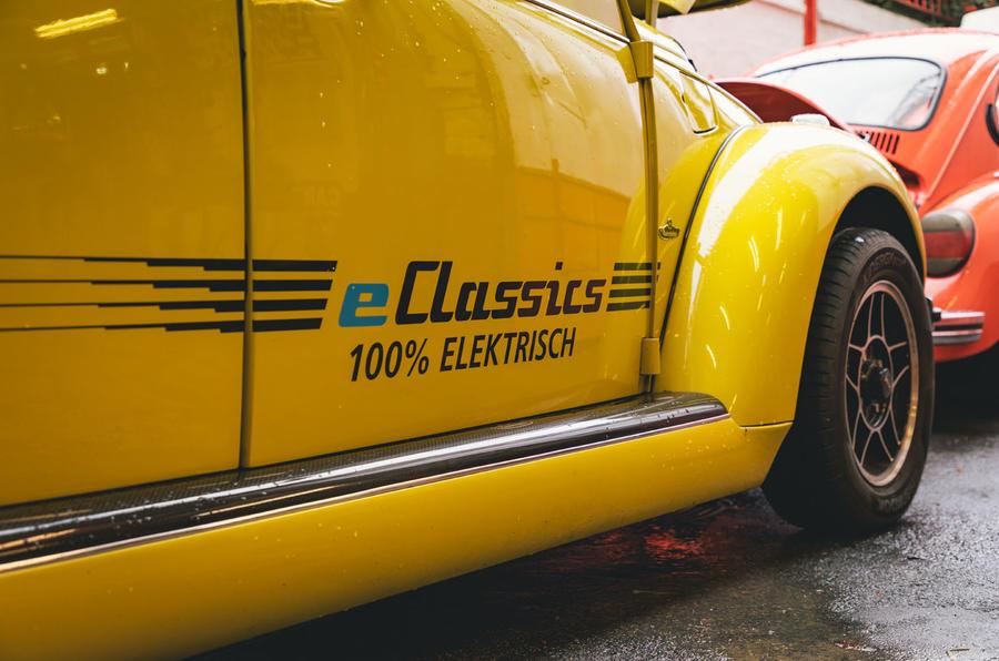 Electric Beetle - detail