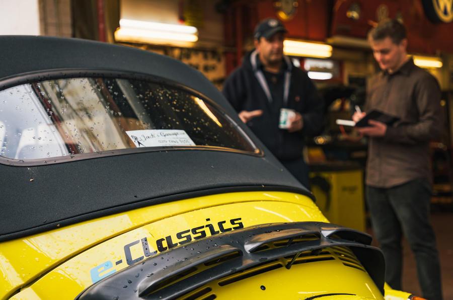 Electric Beetle - static rear