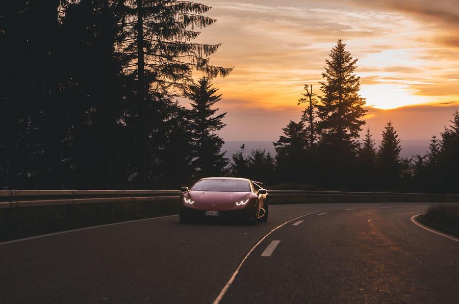 2019 Lamborghini Huracan Performante - cornering front