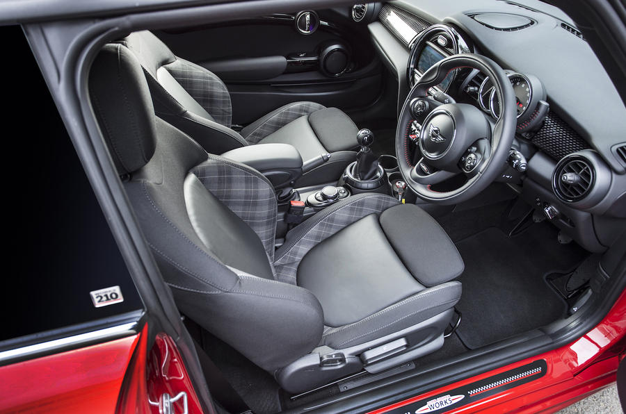Mini Cooper S Works 210 front seats