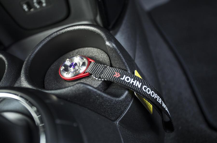 Mini Cooper S Works 210 Cupholder: Mini John Cooper Works Exhaust At Woreks.co