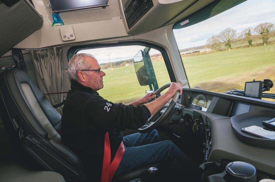 Autocar meets Paul Grimshaw Vehicle Movements