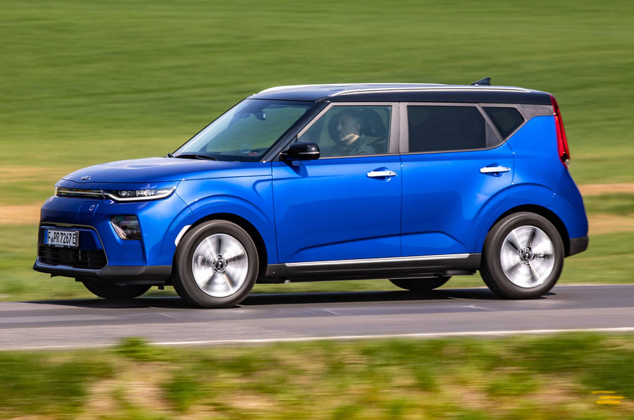 Kia Soul EV side profile on the road