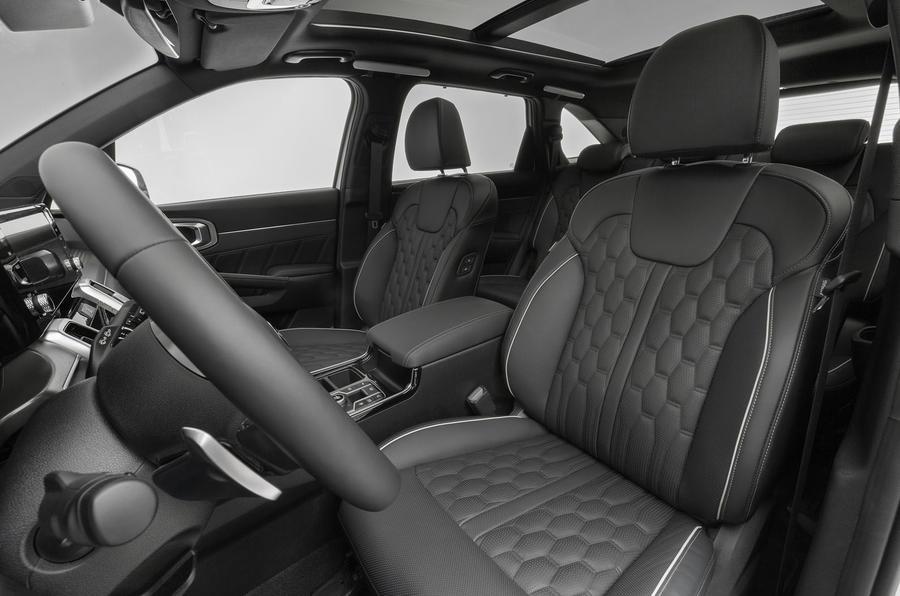 2020 Kia Sorento unveiling - front seats