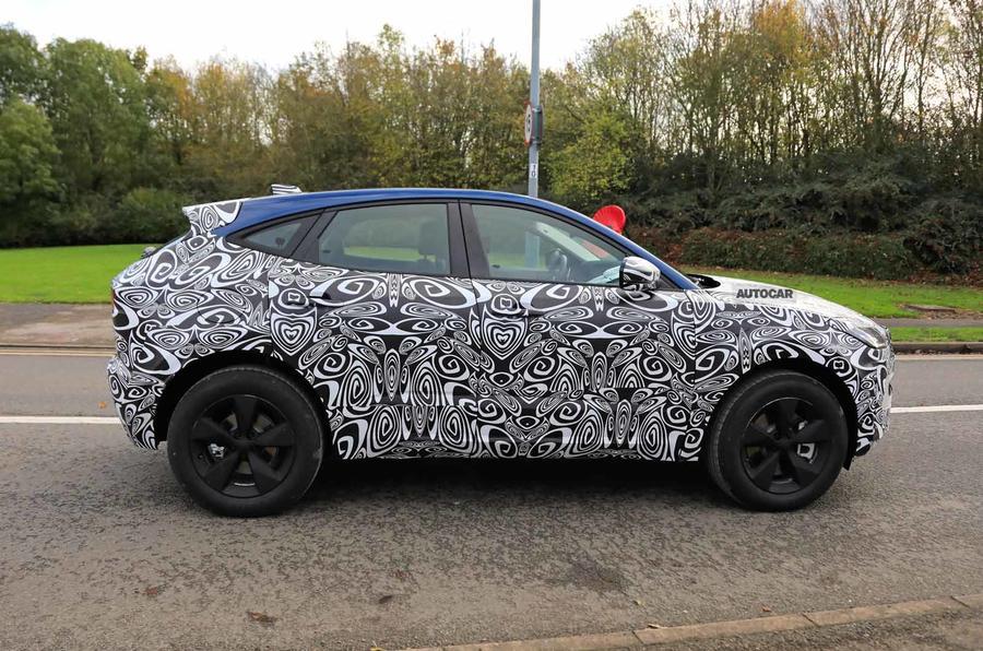 Jaguar E-Pace facelift spies side