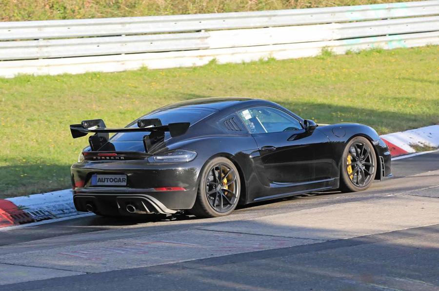 Porsche 718 Cayman GT4 RS spyshot