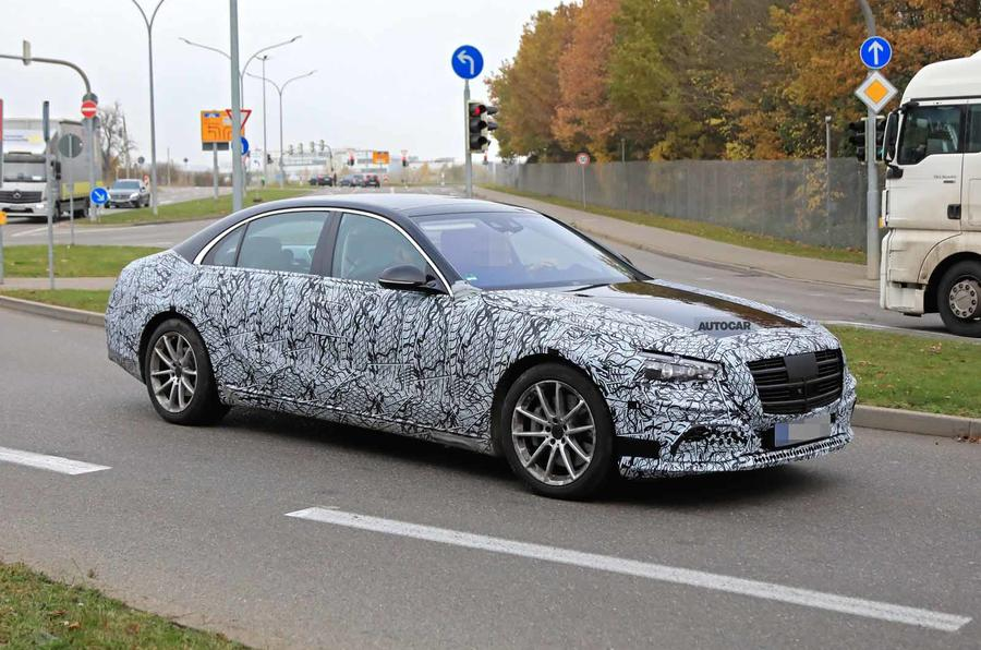 Mercedes S-Class spyshots new side front