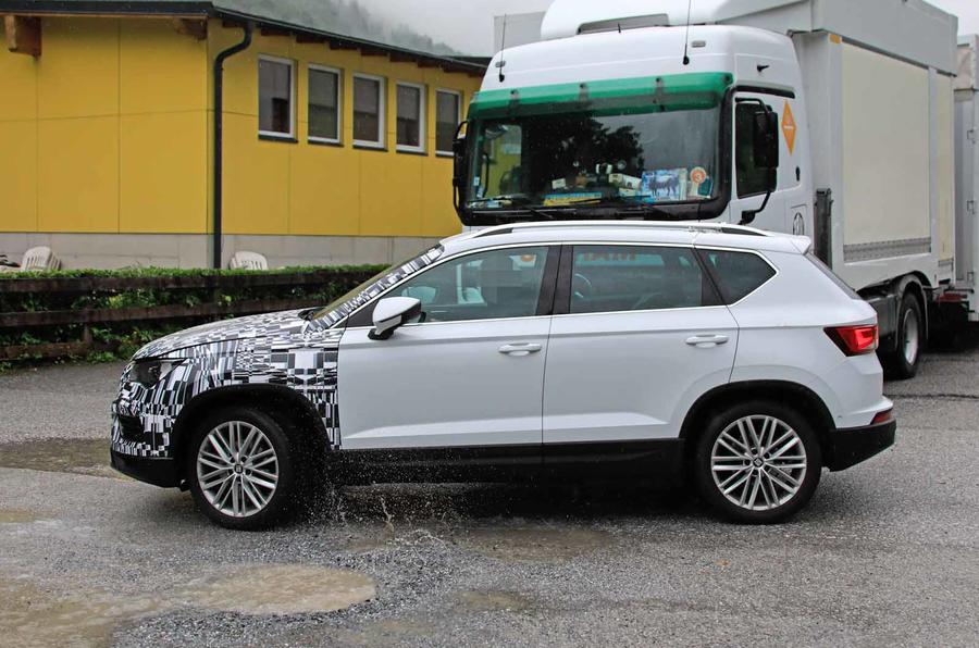 Disguised Seat Ateca side profile