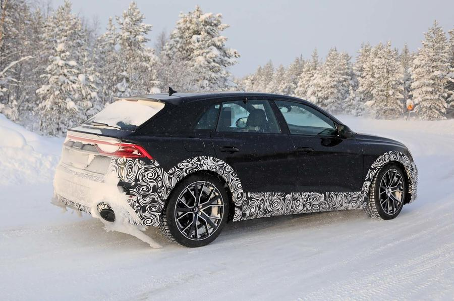 Audi RS Q8 spy shots