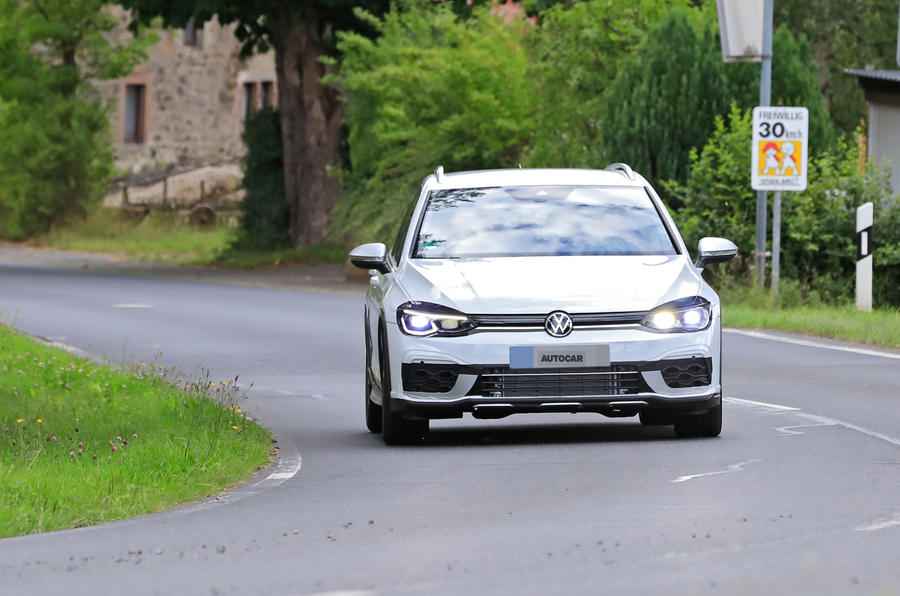 2020 Volkswagen Golf R estate prototype