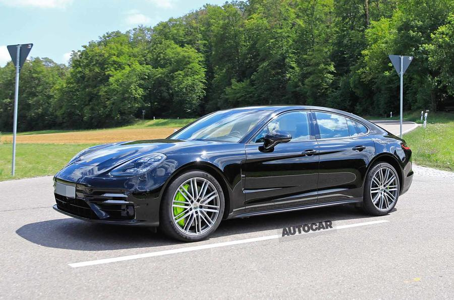 Porsche Panamera 2020 facelift spotted barely disguised