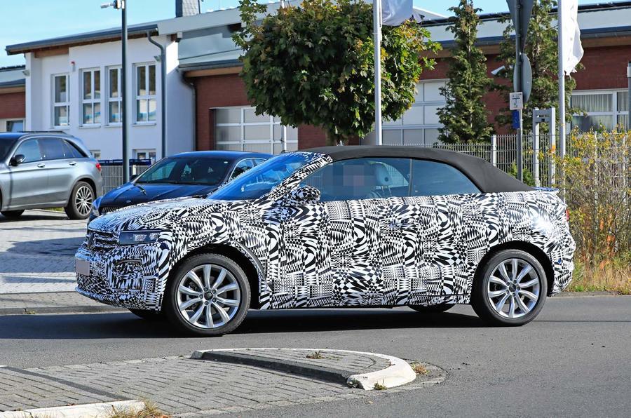 2020 - [Volkswagen] T-Roc cabriolet  _sb18048_0