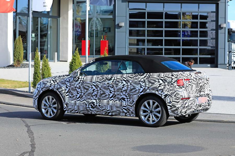 2020 - [Volkswagen] T-Roc cabriolet  _sb18053_0