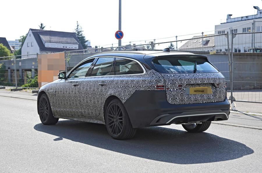 2021 Jaguar XF Sportbrake spy shots