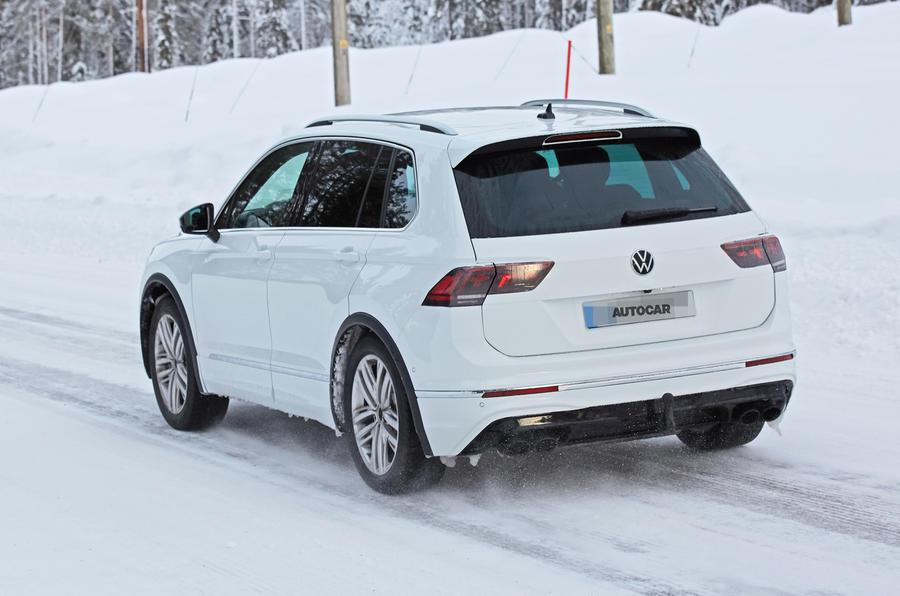 2020 Volkswagen Tiguan R prototype
