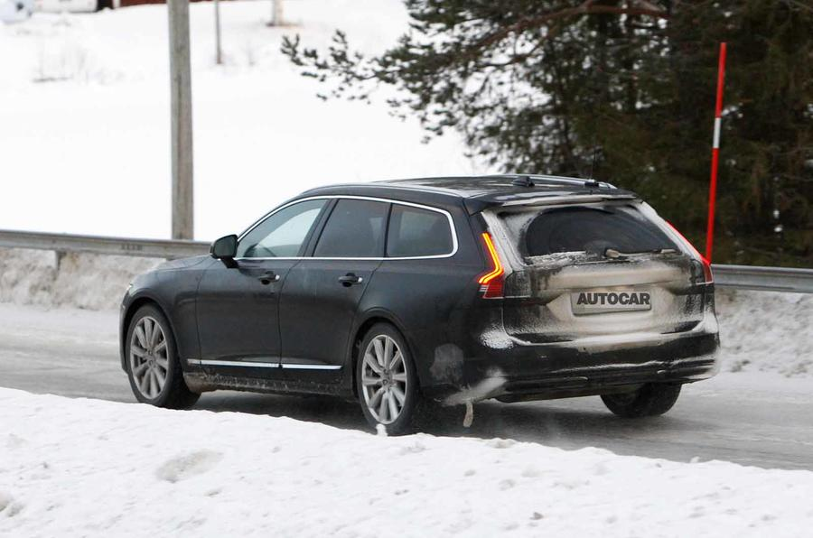 Volvo V90 facelift spyshots rear