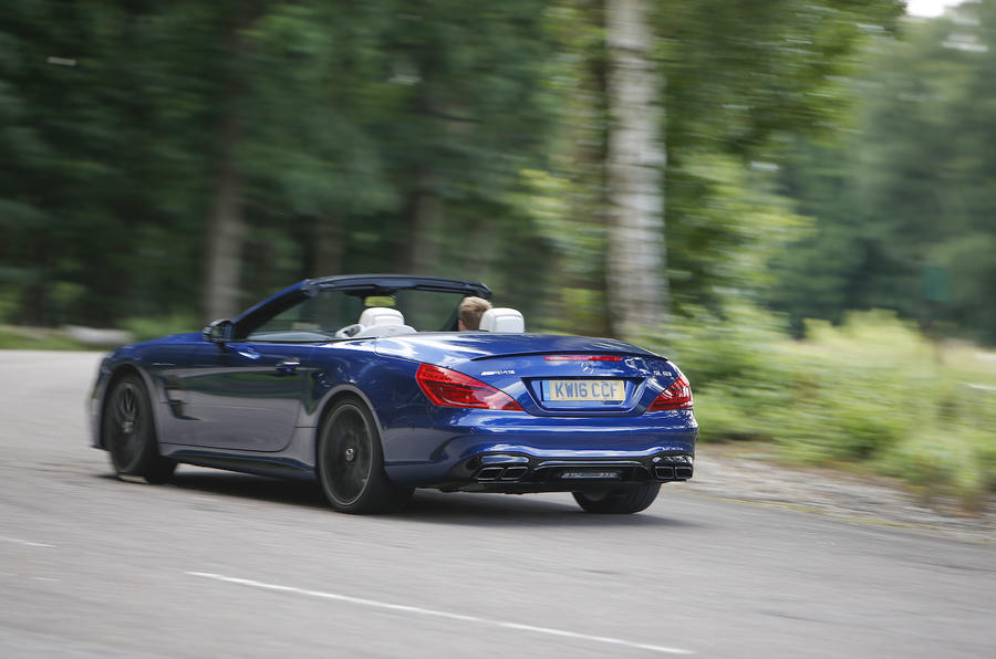 Mercedes-AMG SL 63 rear drifting