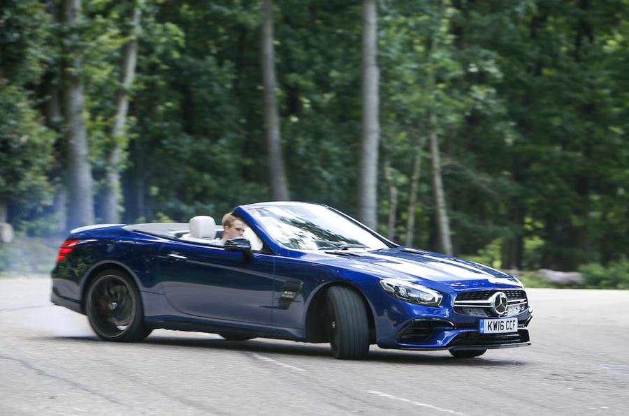 Mercedes-AMG SL 63 drifting