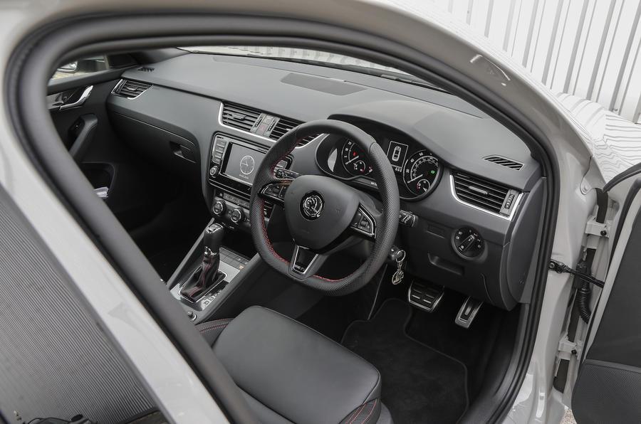 Skoda Octavia vRS 4x4 interior