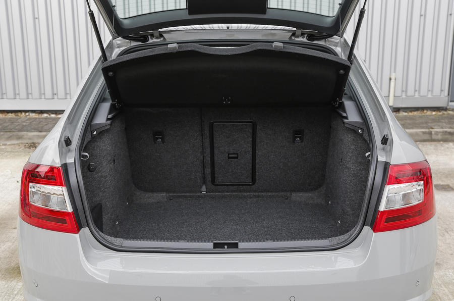 Skoda Octavia vRS boot space