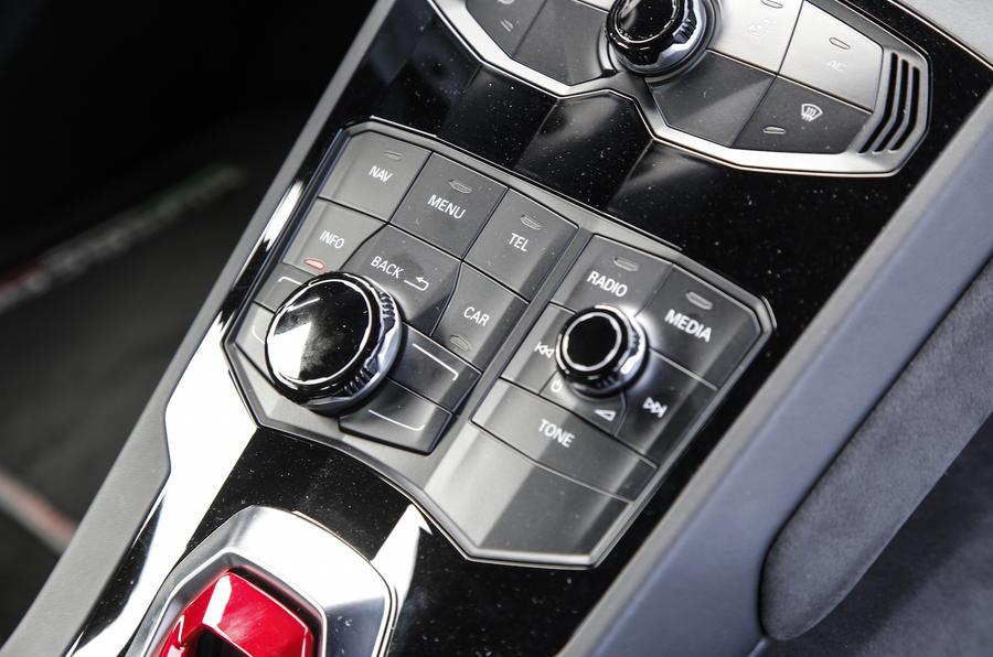 Lamborghini Huracan LP580-2 ignition button