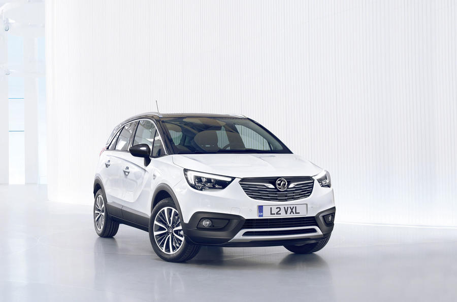 2017 vauxhall crossland x renault captur rival makes public debut autocar. Black Bedroom Furniture Sets. Home Design Ideas